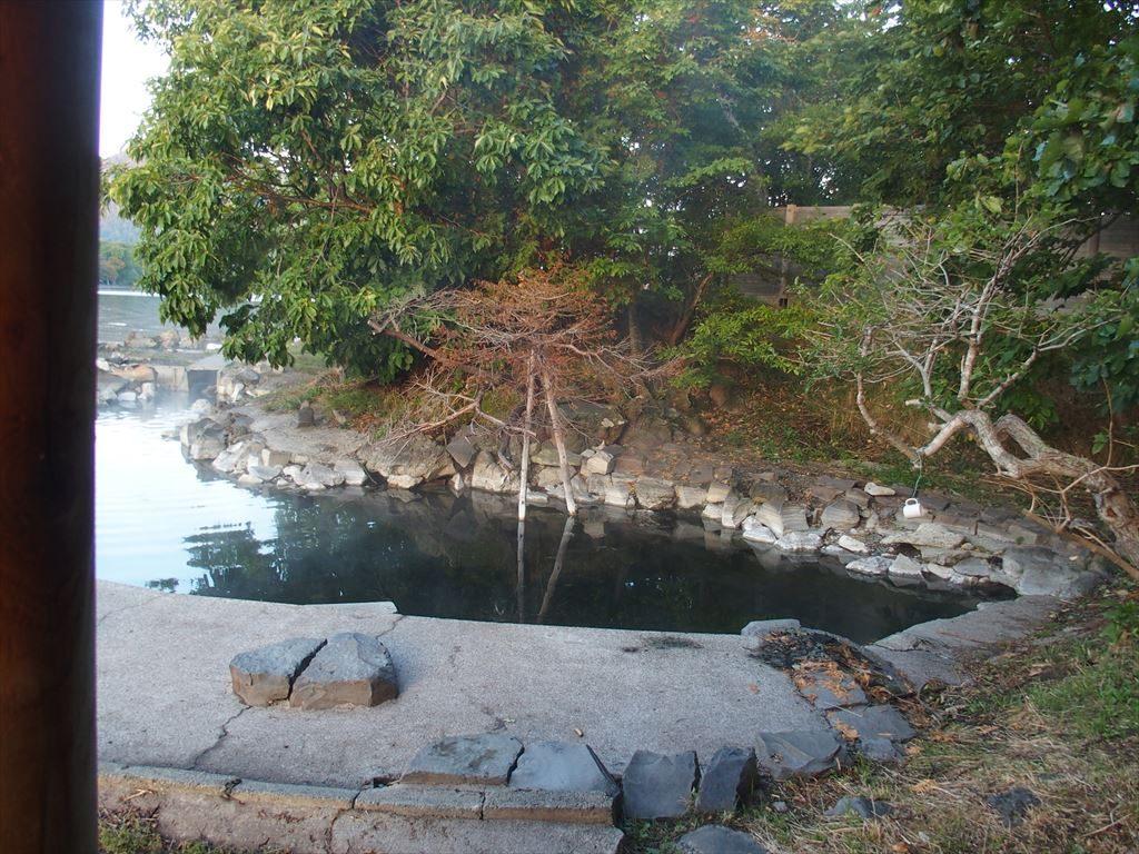 和琴半島湖畔キャンプ場の無料露天風呂