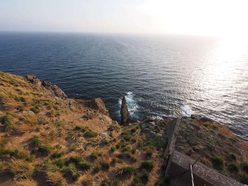天売島の絶景(赤石)