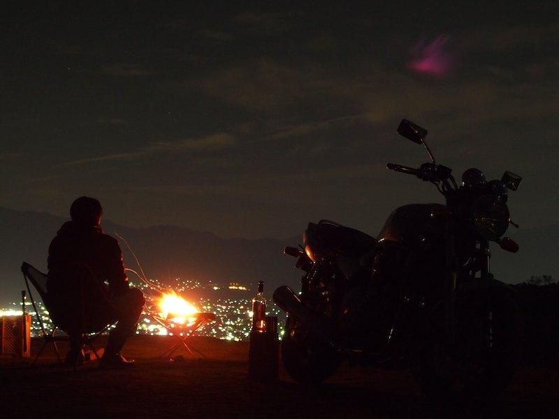 焚き火とバイク