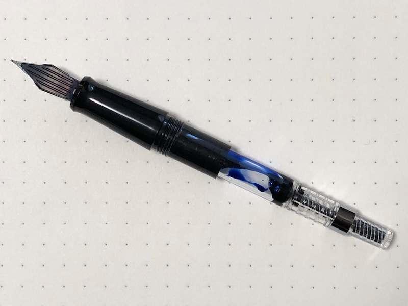 万年筆内部のインク