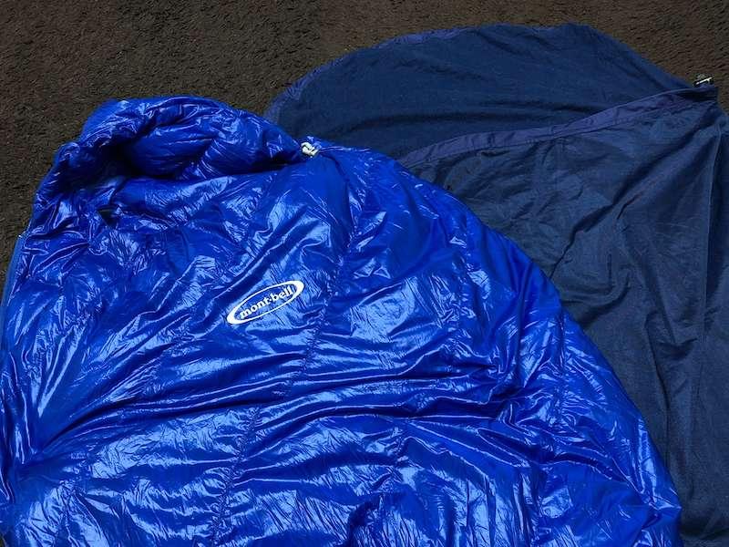 寝袋とインナーシュラフ